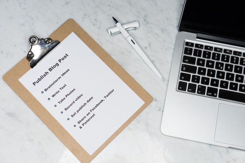 a checklist on a sheet of paper for blog publishing